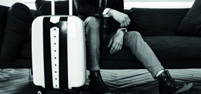 Le temps des longs week-ends, des voyages est bien là. Il serait dommage de vous encombrer d'une valise qui ne soit pas à la hauteur de votre look. J'ai donc particulièrement bien accroché à la gamme de Calibag qui a la particularité […]