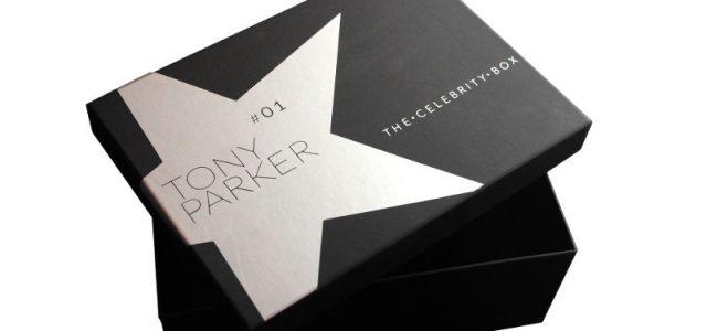 Oubliez les Box bourrées de produits de beauté ou les récentes Geek Box, découvrez la première Celebrity Box. Rassurez-vous, pas d'organe interne, de mèche de cheveux ou de souvenirs glauques dans cette Box cadeau, mais une sélection personnalisée de produits et d'objets, […]