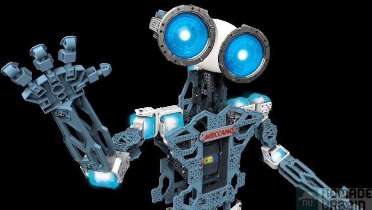 Un jouet par jour 15/24 : Meccano Meccanoid G15, Terminator domestique