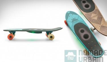 Il y a des premières qui me laissent dubitative, comme ce skateboard Globe Speaker Board. Pourquoi? Il s'agit simplement de la première planche à roulettes dotée d'enceintes intégrées et du Bluetooth! Globe qui est à l'origine du produit a collaboré avec Boombotix […]