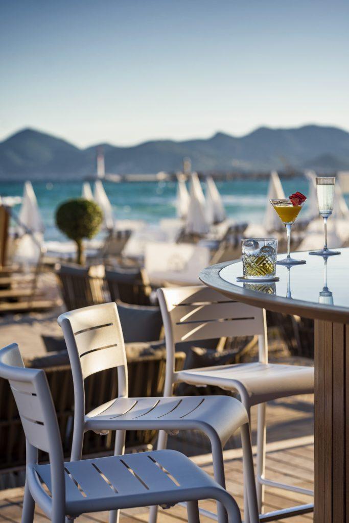 L'attribut alt de cette image est vide, son nom de fichier est Carlton-Cannes-The-Beach-Club-©RomeoBalancourt-13-683x1024.jpg.